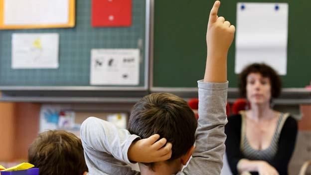 Darf der neue Lehrplan wirklich nicht mehr kosten? Die Aargauer Politik ist uneins.