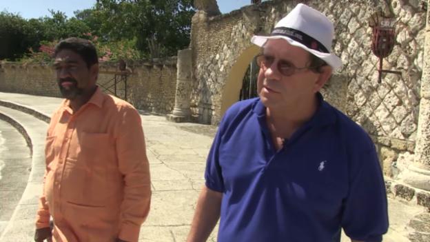 Video «Der Schweizer Latino-König sucht Locations für grosse Stars» abspielen