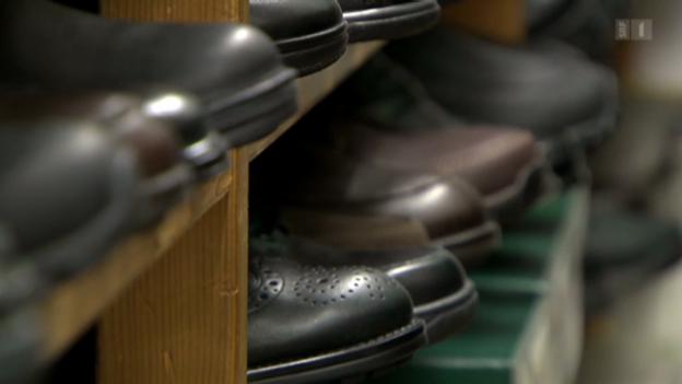 Video «Schlechte Bezahlung im Schuhhandel» abspielen