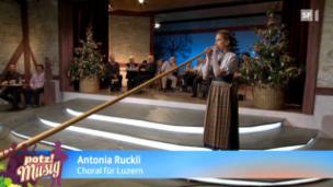 Video «Nachwuchs: Antonia Ruckli» abspielen