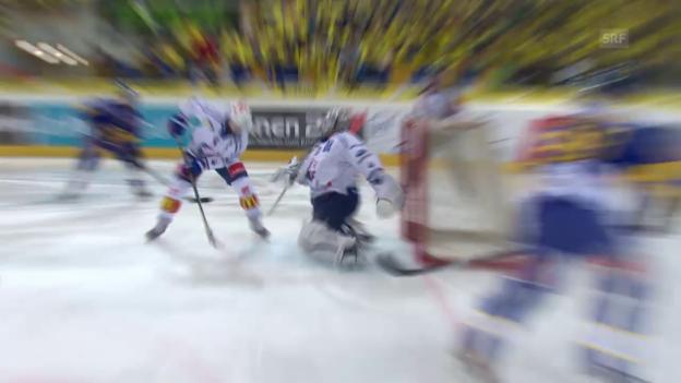 Video «Eishockey: Playoff-Finalspiel 2, Eigentore Geering» abspielen