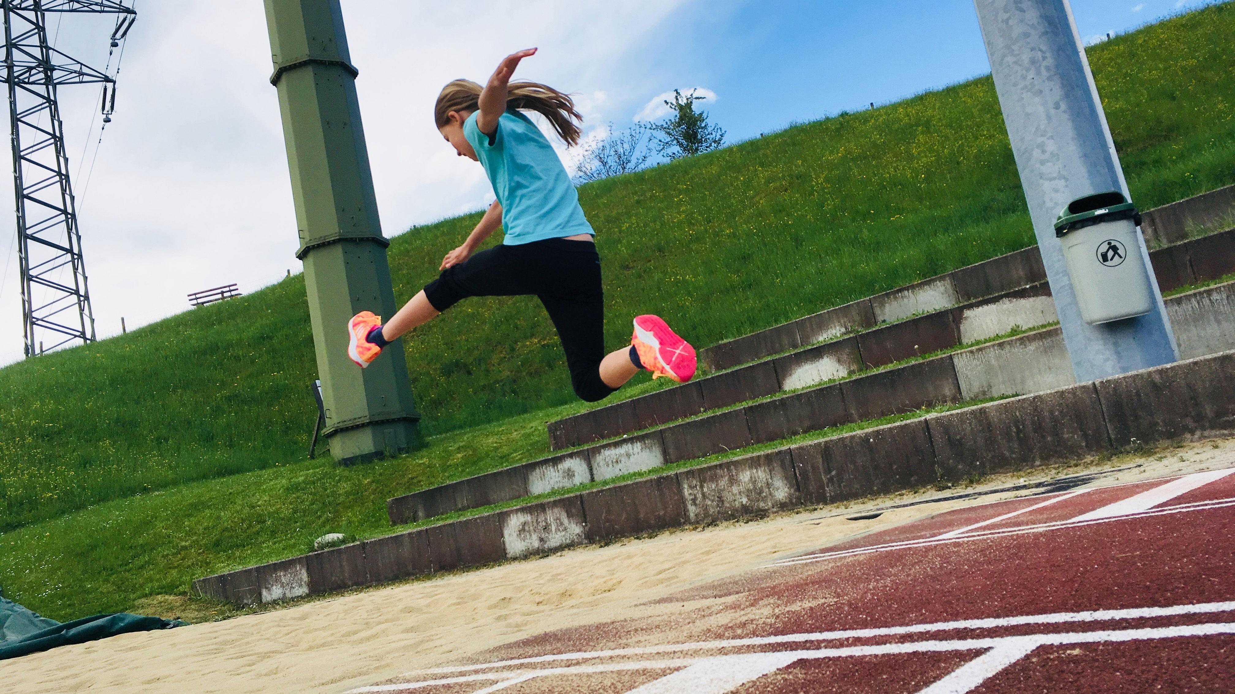 Melina springt über zwei Meter weit (Sendung vom 29. April 2018)