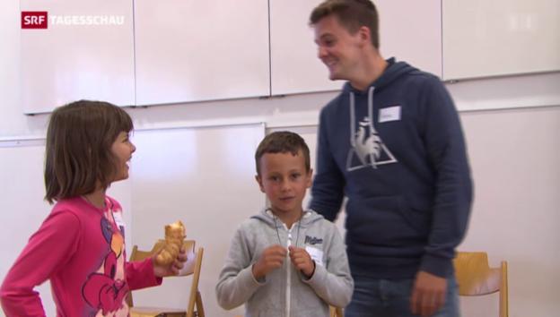 Video «Wenn der Zivi den Lehrer vertritt» abspielen