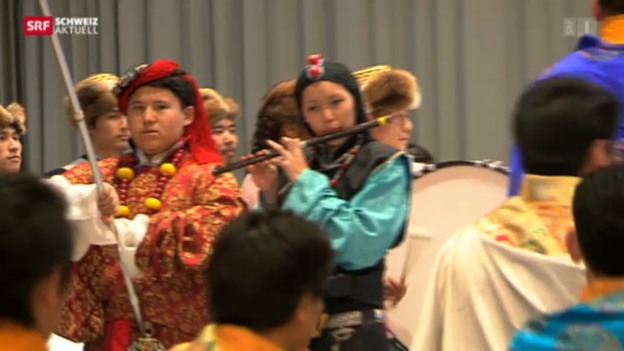 Video «40 Jahre Tibeter im Glarnerland» abspielen