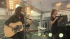 Video «Schweizer Botschaft in Berlin: Grossaufmarsch zur 150-Jahre-Feier» abspielen