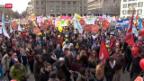 Video «Staatspersonal geht auf die Strasse» abspielen