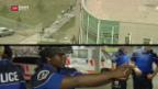 Video «Genfer Polizeipatrouillen neu mit Sturmgewehren ausgerüstet» abspielen