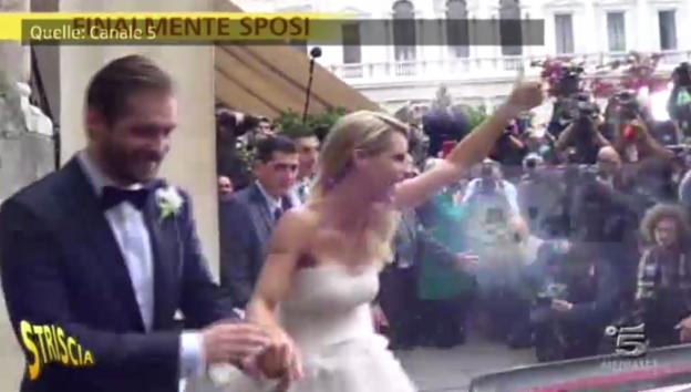 Video «Michelle Hunziker und Tomaso Trussardi nach der Trauung» abspielen