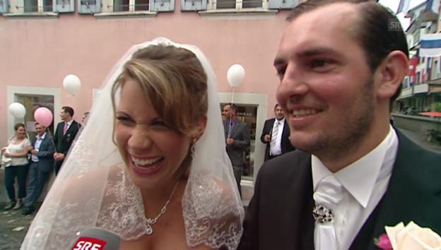 Video «Yasmine-Mélanie und Daniele unmittelbar nach der Trauung» abspielen