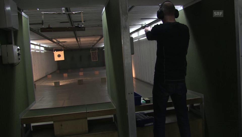 Immer mehr Schweizer legen sich eine Waffe zu
