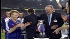 Video «Mit Deschamps als Captain: So gewann Frankreich 2000 die EM» abspielen