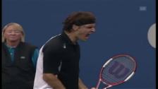 Link öffnet eine Lightbox. Video Mit Sound: Der unfassbare Tiebreak bei Federer - Safin abspielen