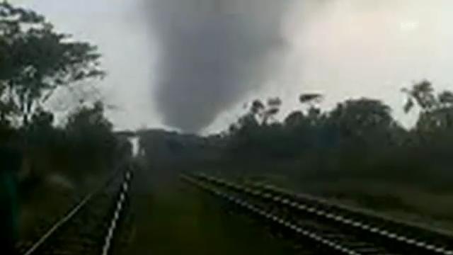 Tornado fordert Tote und Verletzte in Bangladesch (unkommentiert)