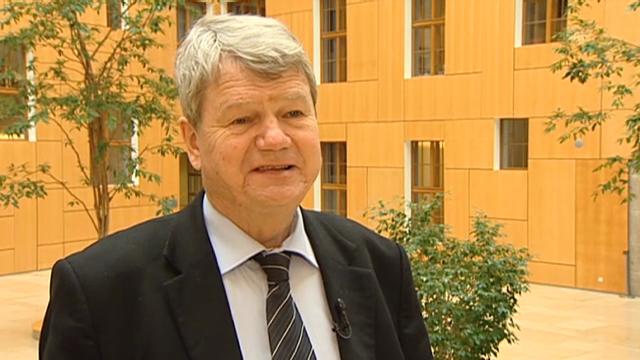 Wolfgang Wieland übt Kritik an der Schweiz