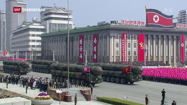 Video «Säbelrasseln am Nationalfeiertag in Nordkorea» abspielen