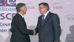 Video «Diplomatisches Spitzentreffen in der Ukraine – Proteste gehen weiter» abspielen