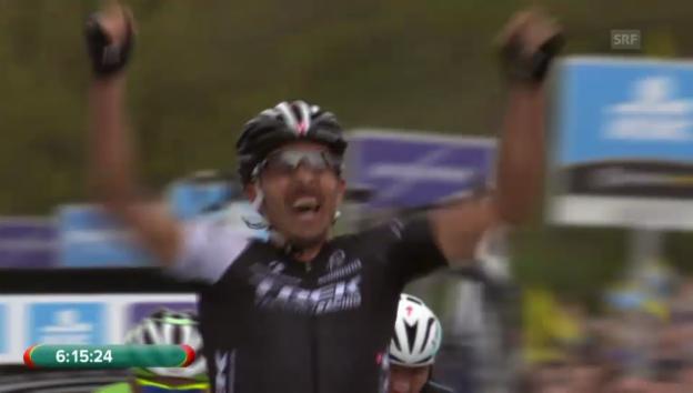 Video «Cancellara setzt sich im Vierersprint durch» abspielen