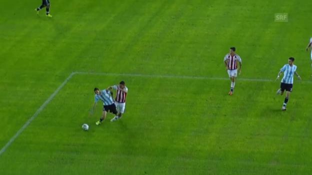Video «Fussball: Copa America, Argentinien - Paraguay, Schwalbe Di Maria» abspielen