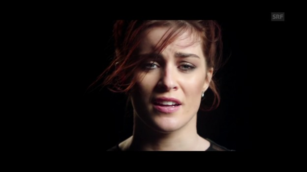 Video «Grossbritannien - Lucie Jones mit «Never Give Up On You»» abspielen