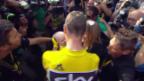 Video «Duo in Gelb: Froome strahlt mit Sohnemann» abspielen