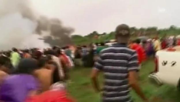 Video «Bolivien: Flugzeug-Crash» abspielen