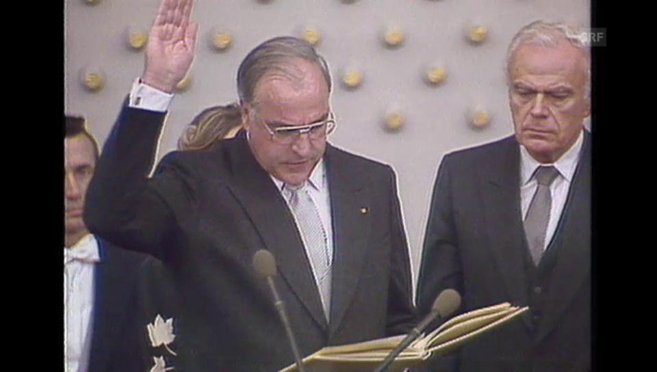 1982; Helmut Kohl wird als Bundeskanzler vereidigt