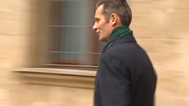 Iñaki Urdangarin verlässt das Gerichtsgebäude (unkomm.)