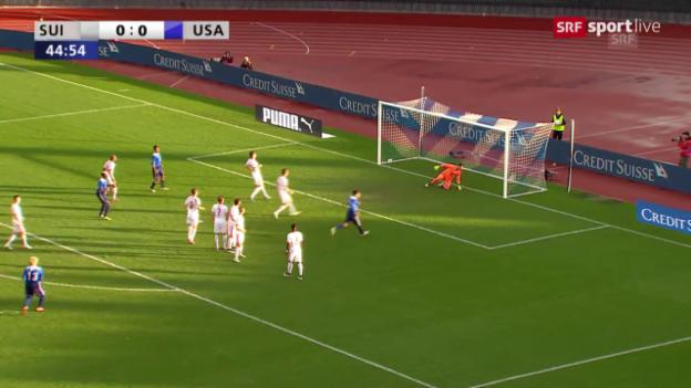 Video «Fussball: Testspiel Schweiz - USA, Shea trifft per Freistoss zum 1:0 für die Amerikaner» abspielen