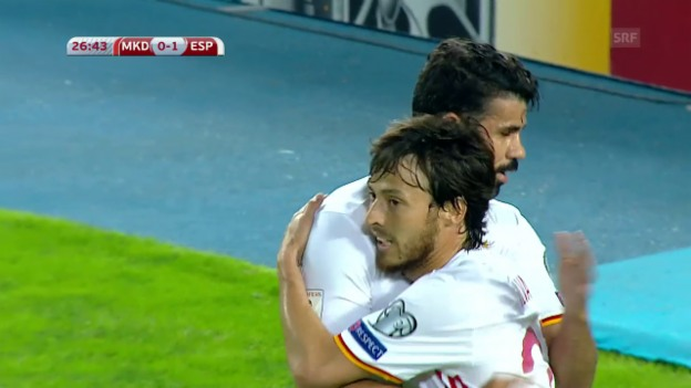 Video «Die Tore bei Mazedonien - Spanien» abspielen