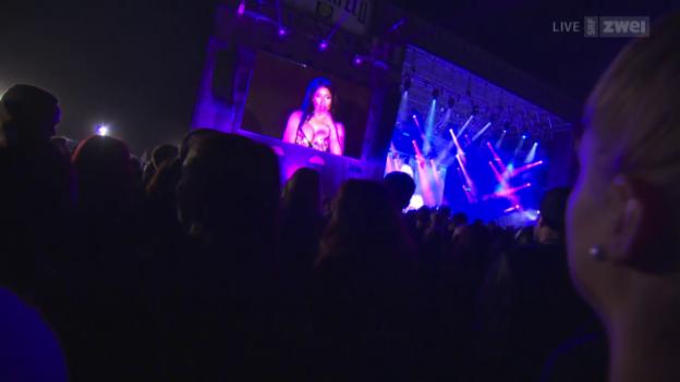 Video «Nicki Minaj - Openair Frauenfeld 2015» abspielen