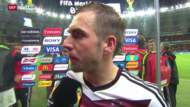 Video «FIFA WM 2014: Deutschland - Algerien, Interview mit Philipp Lahm» abspielen