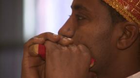 Video «Neue Asylpolitik: Tausende Eritreer sollen die Schweiz verlassen» abspielen