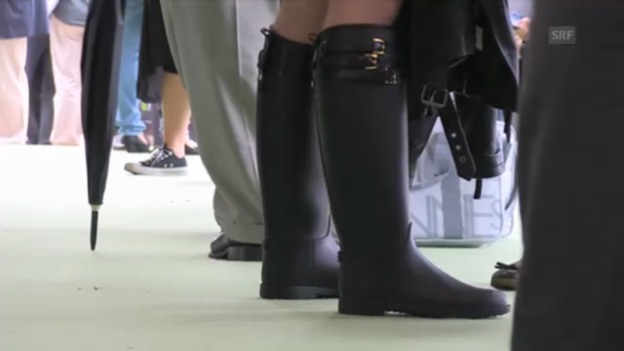 Video «Cannes Momente: Zeigt her eure Füsse» abspielen