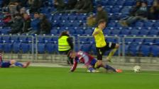Video «Fussball: Taulant Xhakas folgenreiches Foul an Alexander Gerndt (Februar 2014)» abspielen