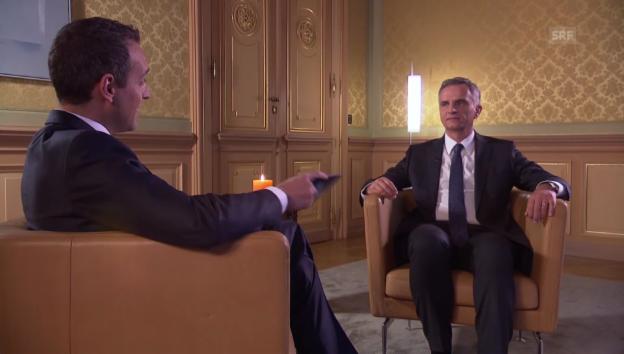 Video «Bundespräsident Burkhalter blickt zurück auf 2014» abspielen