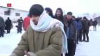 Video «Das lange Warten auf die Weiterreise» abspielen