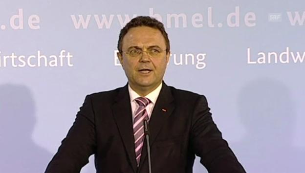 Video «Rücktrittserklärung von Hans-Peter Friedrich» abspielen