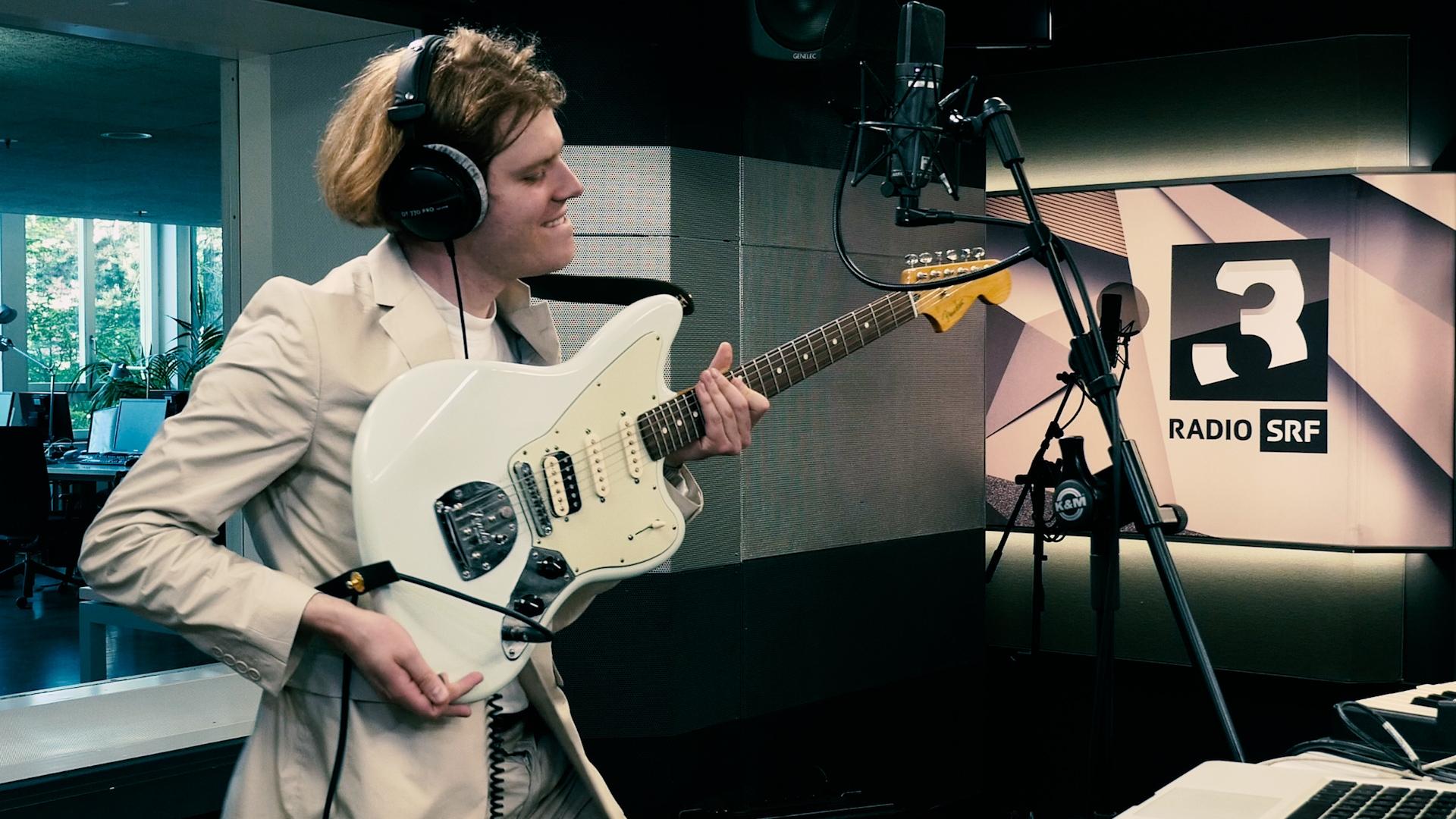 Crimer performt «Brotherlove» live im SRF-3-Studio
