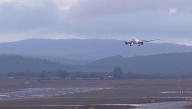 Video «Die Boeing 777-300ER landet am Flughafen Zürich» abspielen