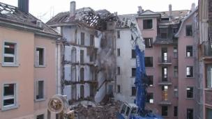 Video «Aus Abbruchhäusern entstehen neue Gebäude» abspielen