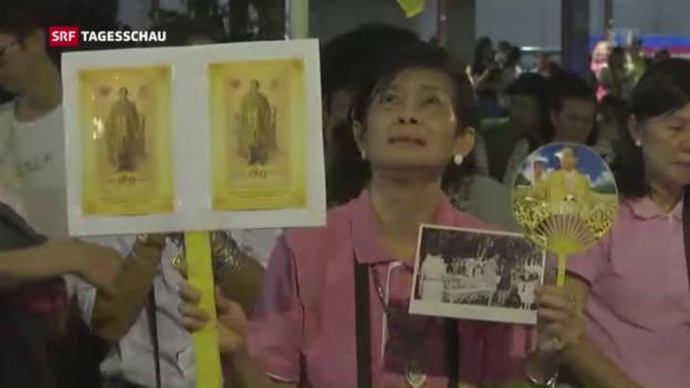 Video «Thailand trauert um seinen Landesvater» abspielen