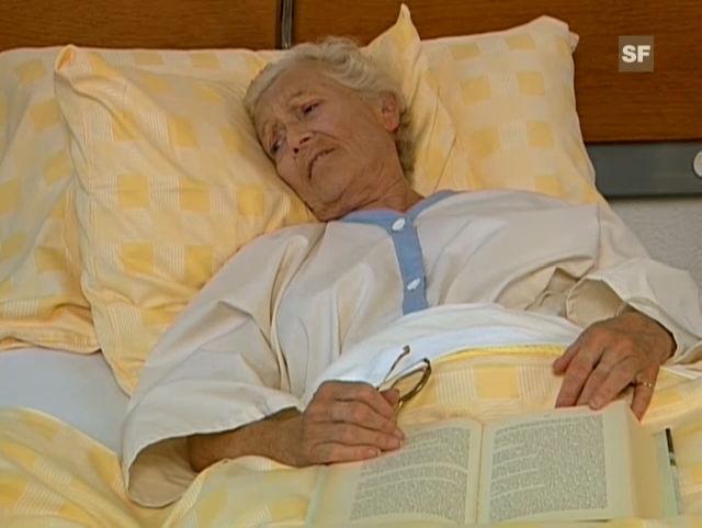 Ausschnitt mit Stephanie Glaser aus der Folge «Die Hexe» des «Bürgerbüro». Regie: Michael Zens, Autor: Charles Lewinsky.