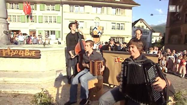 Video «NüüUrchig mit dem Sächsenschottisch» abspielen