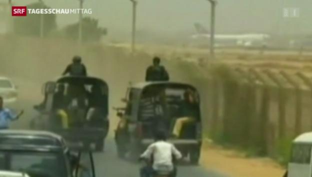 Video «Neue Gefechte am Flughafen von Karachi» abspielen