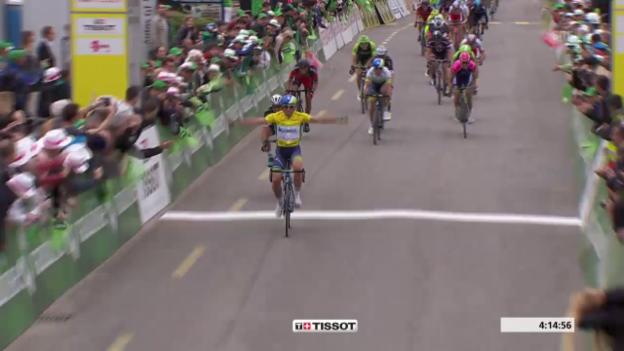 Video «Rad: Tour de Romandie, 3. Etappe, die Zieleinfahrt» abspielen