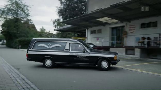 Video «Leichenwagen» abspielen