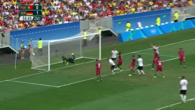 Video «Die 4 Tore von Deutschland im Viertelfinal» abspielen
