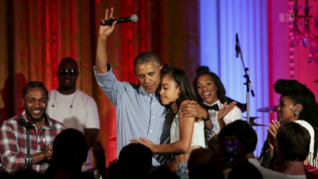 Video «Papa Obama singt «Happy Birthday»» abspielen