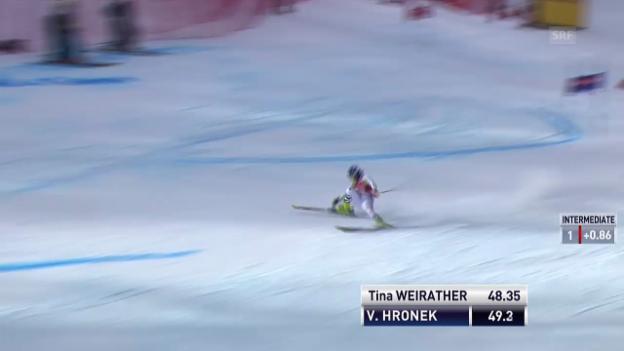 Video «Ski: Riesenslalom Frauen Val d'Isère, Sturz von Veronika Hronek» abspielen