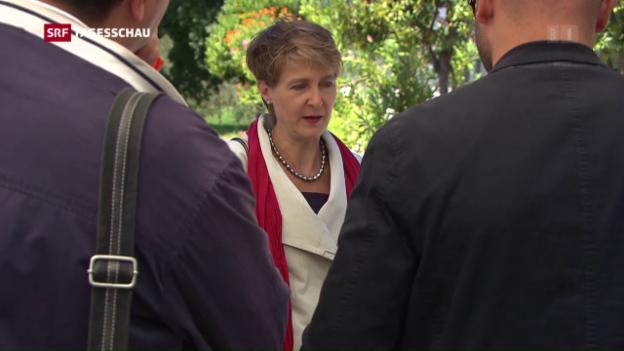 Video «Sommaruga: Schweiz kein Transitland» abspielen